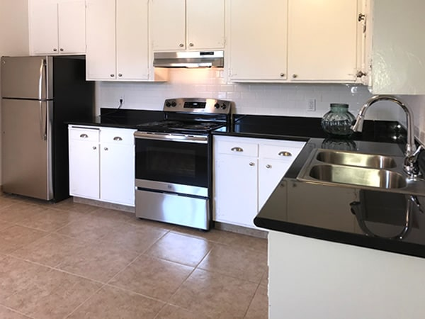 2 bedroom kitchen with upgrades