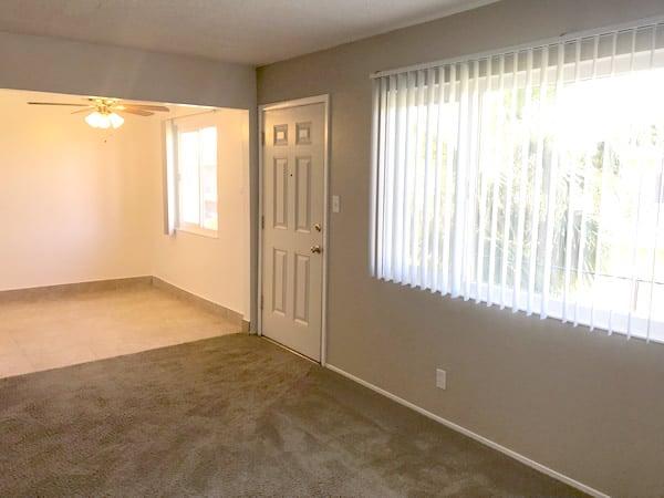 1 bedroom floorplan, living room & dining nook